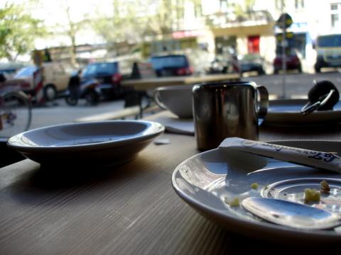 Cafestadtbadoderbergerstrasseschadelsattlertmdinter