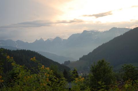 Austrianalpswerfenwengsummermountainssunset