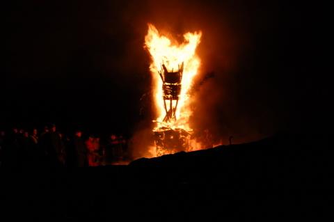 Clavieburgheadfirefestivaljanuary11scotland