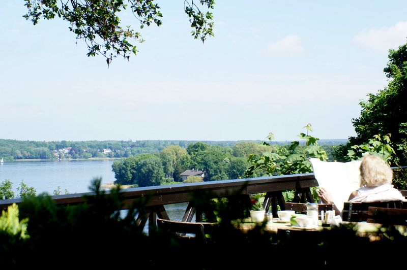 Restaurant-berlin-terrace-lake