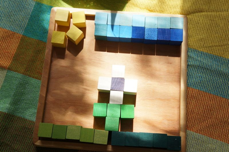 Wooden-blocks-flower
