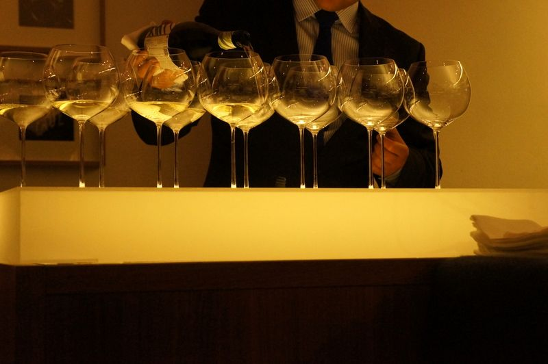 Tim-raue-wine-glasses-sommelier