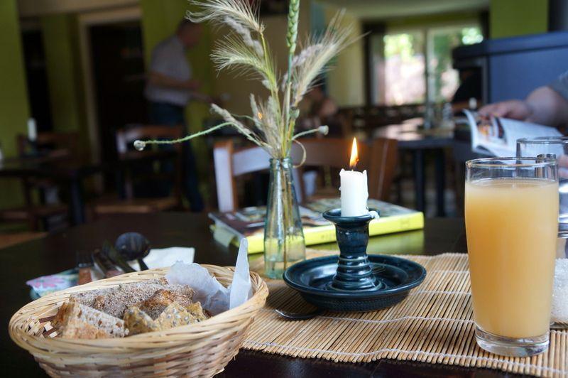 2-linum-kleines-haus-restaurant-brandenburg