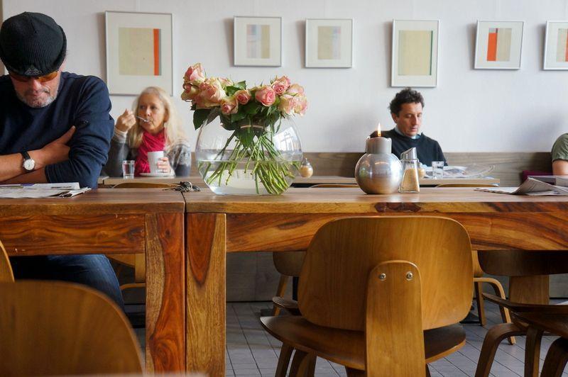 4-cafe-savignyplatz-autorenbuchhandlung