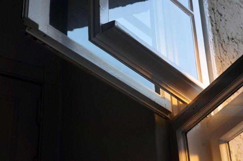 Windows-light-2
